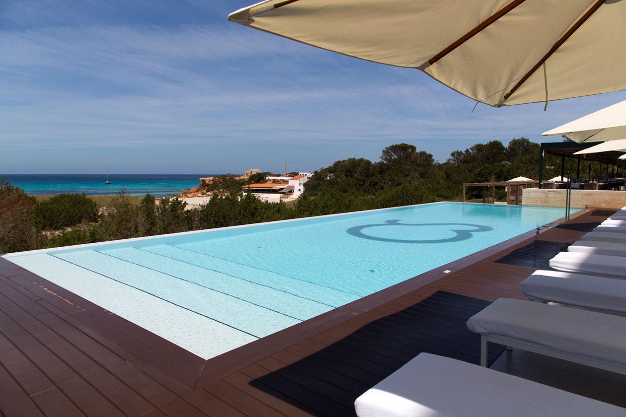 Restaurantes y Alojamientos que te encantarán en Formentera